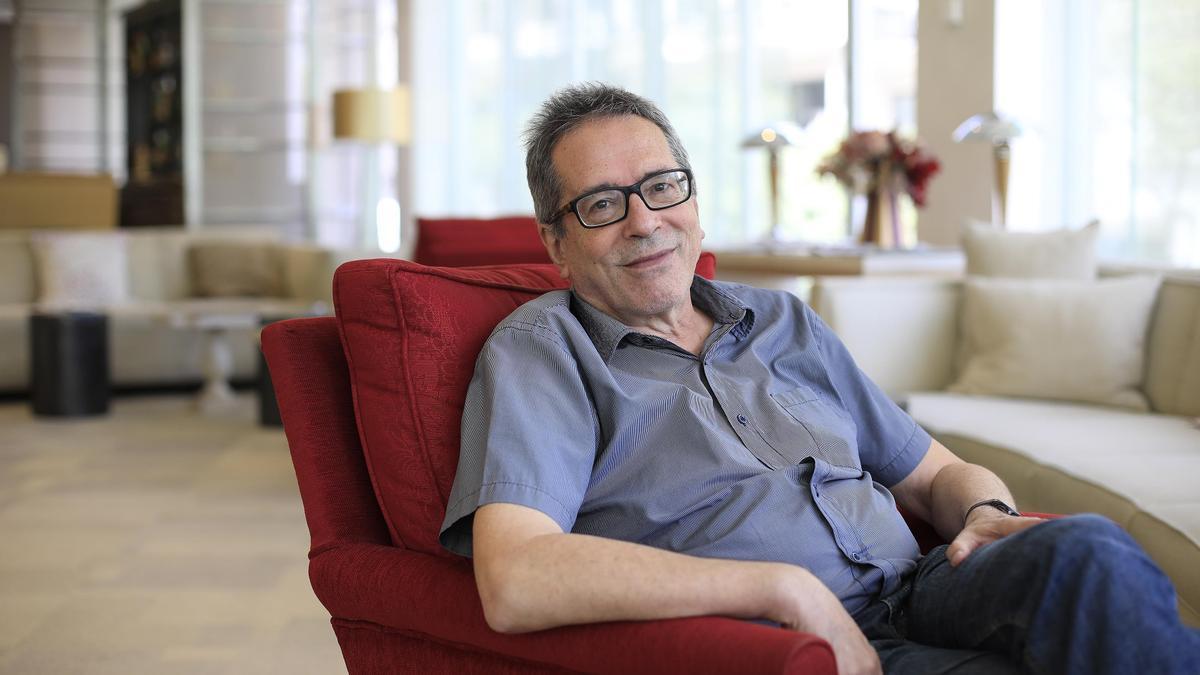 Una imagen del escritor César Aira.