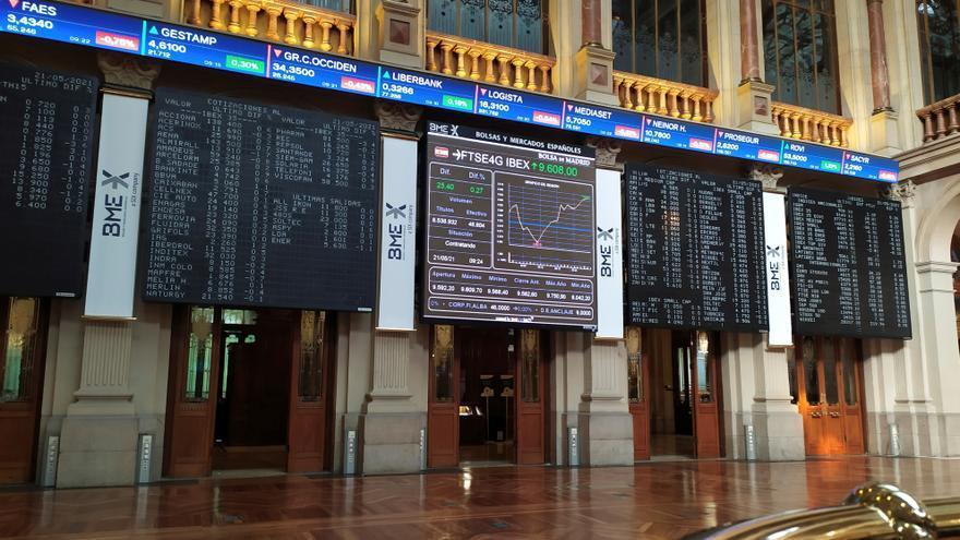 El Ibex 35 pierde la cota de los 9.200 puntos al ceder un leve 0,13%