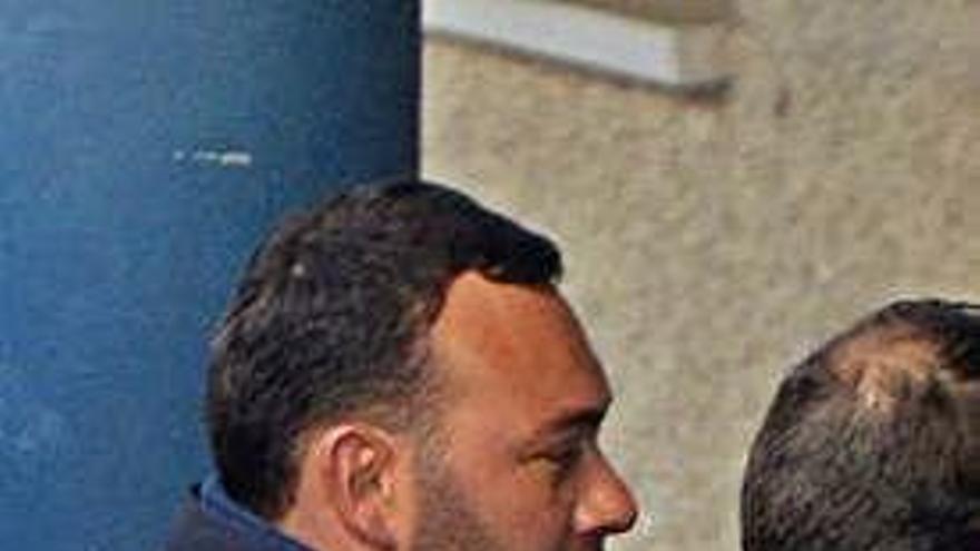 Piden 20 años para el hombre que mató al marido de su ex en Ponte Caldelas