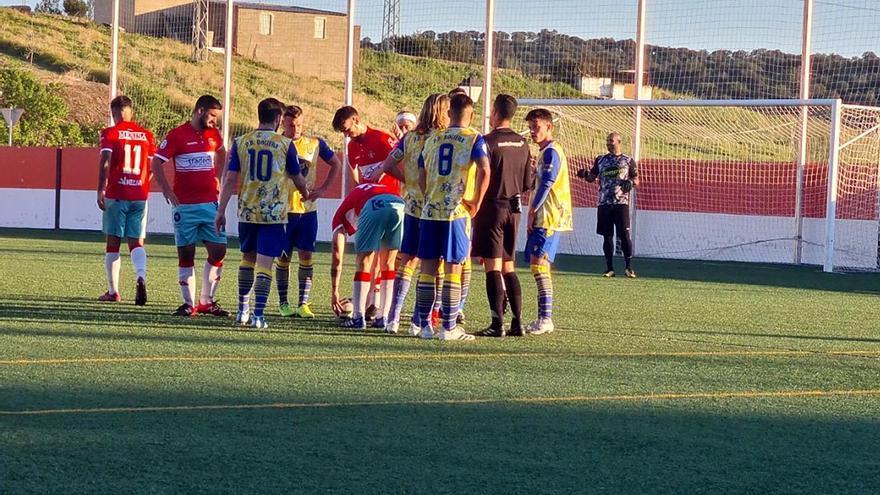 Montilla y Espeleño arrancan la carrera hacia Tercera