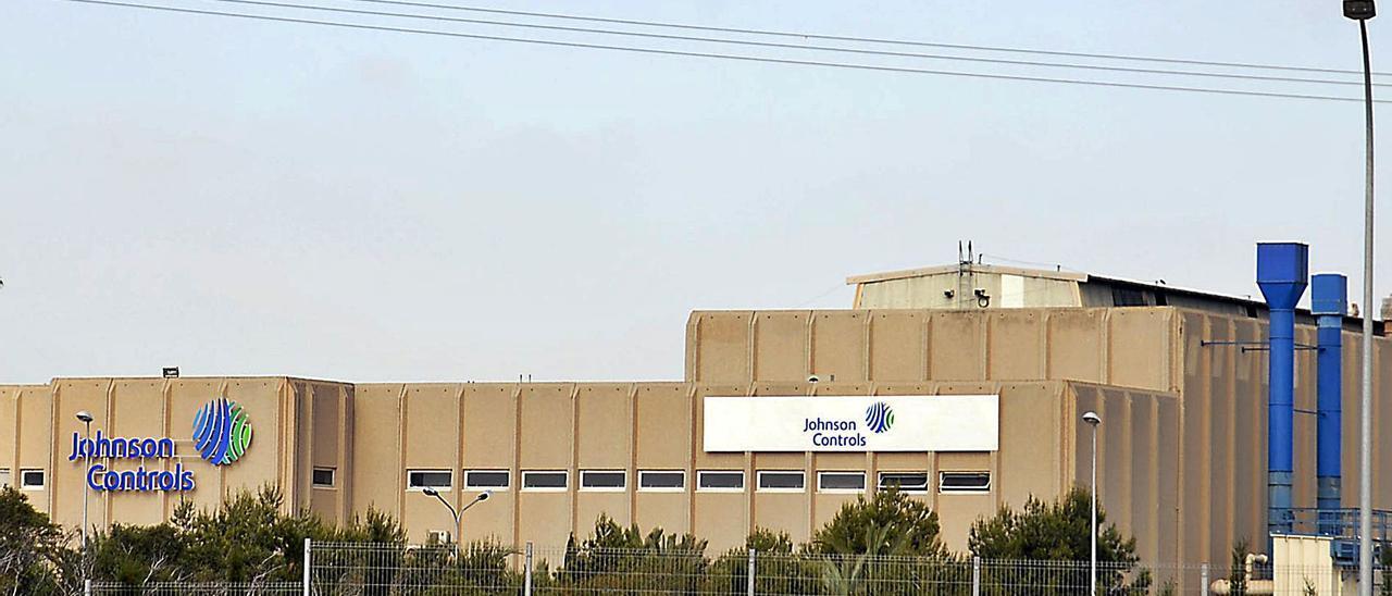 Imagen de archivo de las instalaciones de la fábrica de autobaterías de Guardamar ahora bajo la marca comercial Clarios.