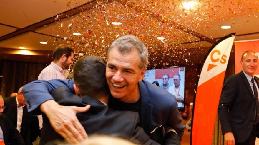 Toni Cantó celebra los resultados de Ciudadanos en las autonómicas