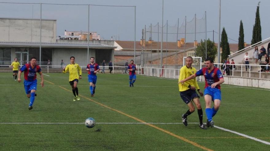 El Base Roses ajorna el títol i l'ascens a Segona Catalana