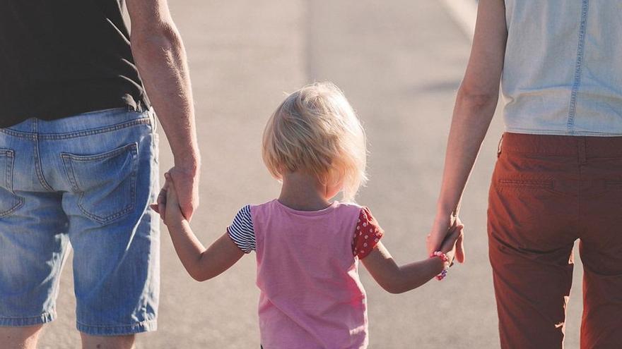 """Los padres, locos por disfrutar del permiso de 8 semanas """"para apoyar a la pareja"""""""