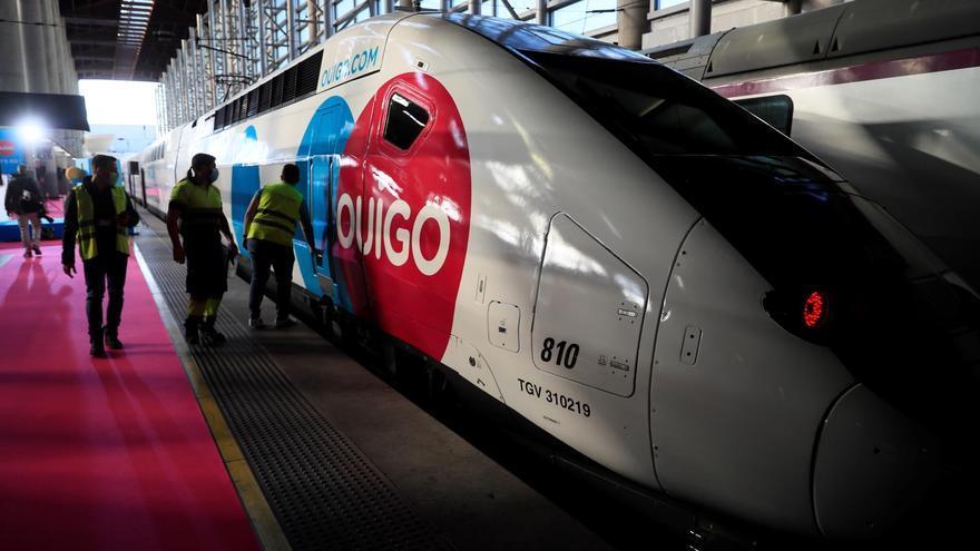 Ouigo lanza su primer tren de alta velocidad Madrid-Barcelona