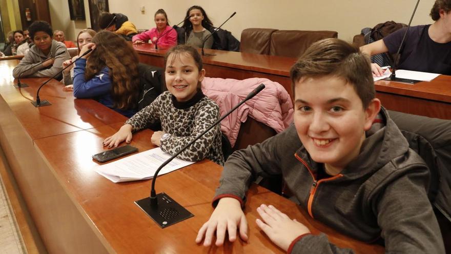 Once adolescentes de Avilés participan en un ciclo de conferencias online impulsado por Unicef