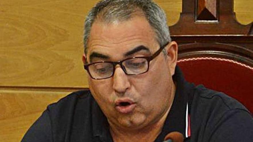 Aragunde acusa al gobierno de perder una nueva subvención