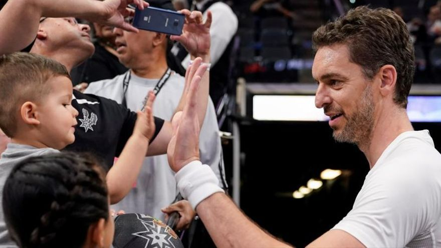 Pau Gasol deja los Spurs y pone rumbo a los Bucks