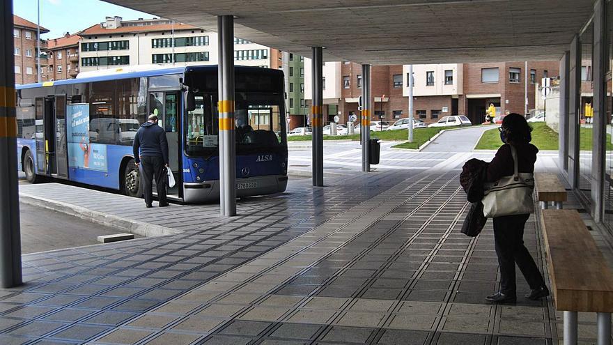 Siero aplaza el proyecto de mejora del transporte público