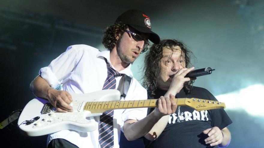 Muere el cantante de Riff-Raff, banda tributo de AC/DC