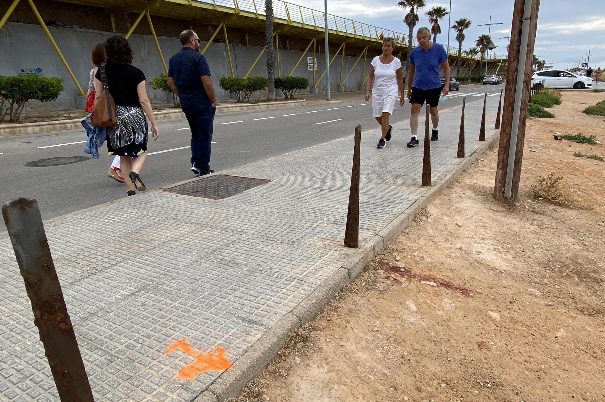 Un conductor ebrio atropella a media docena de personas de madrugada en una zona de ocio de Torrevieja