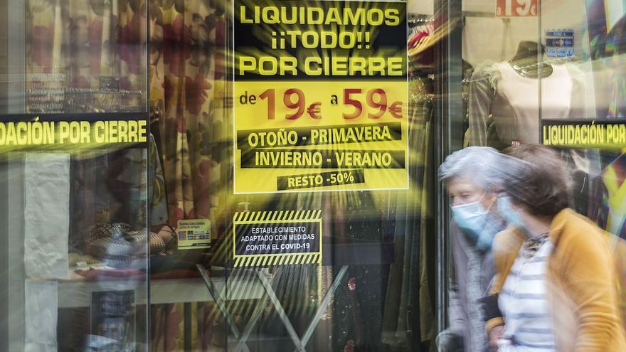 Cuatro mil comercios quiebran y otros cuatro mil están al borde del abismo en la provincia de Alicante