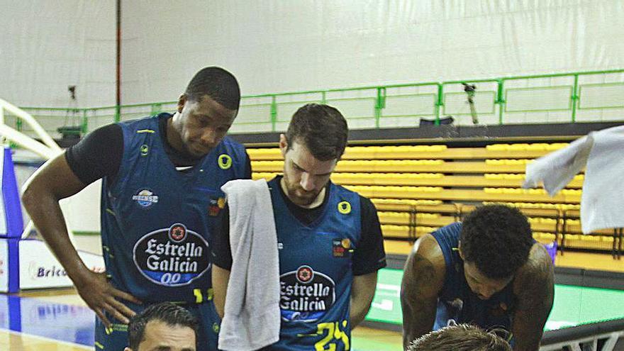 El COB se mide al líder del grupo por la permanencia, el Girona