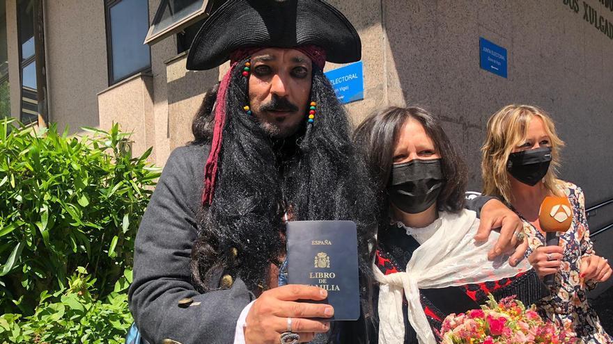 El Jack Sparrow vigués logra llegar al 'altar'