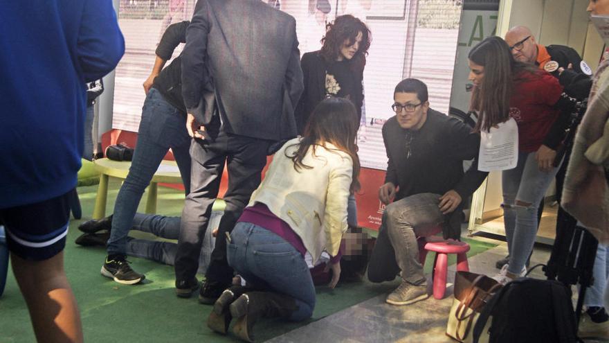 Hospitalizada la alcaldesa de Puente Tocinos tras desvanecerse en la Semana de la Ciencia