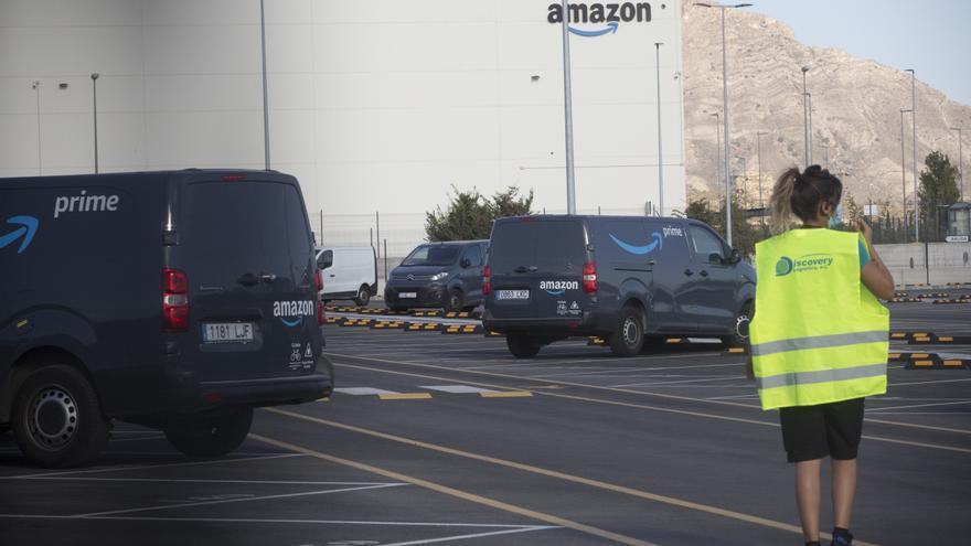 La Generalitat sanciona a Amazon por publicidad ilícita durante el Black Friday y el Cyber Monday