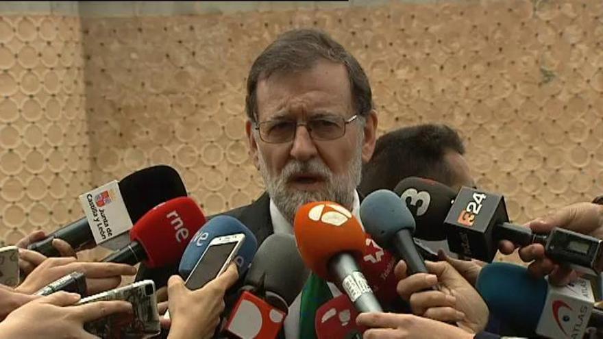 Rajoy se reunirá con Sánchez y Rivera por separado