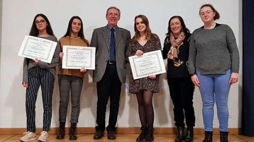 Cuatro alumnas del instituto Pintor Colmeiro consiguen el segundo premio en el concurso Stephen Hawking