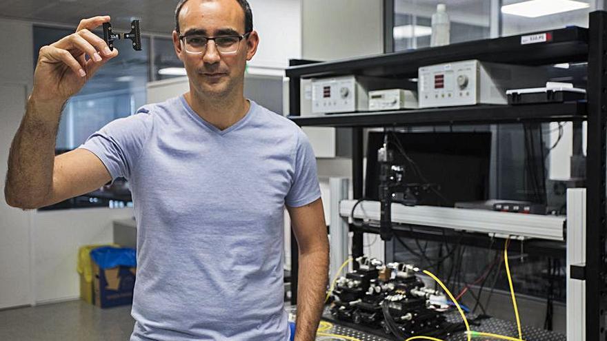 La multinacional Hitachi compra la empresa valenciana VLC Photonics