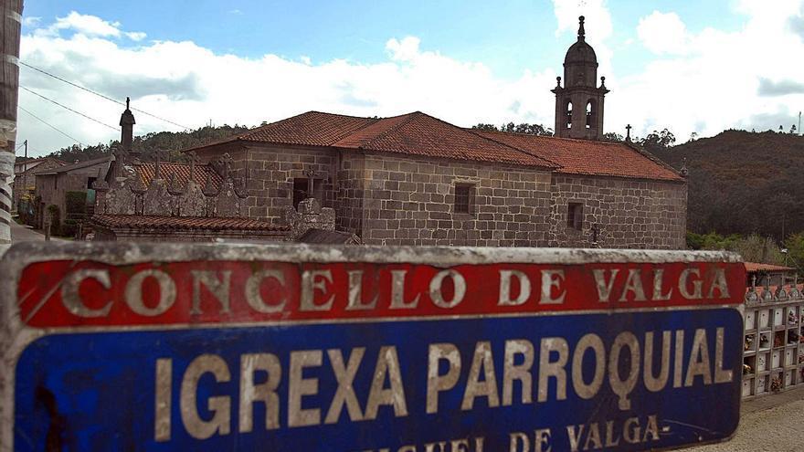 Rejas para disfrutar el interior de los templos del Camiño Portugués