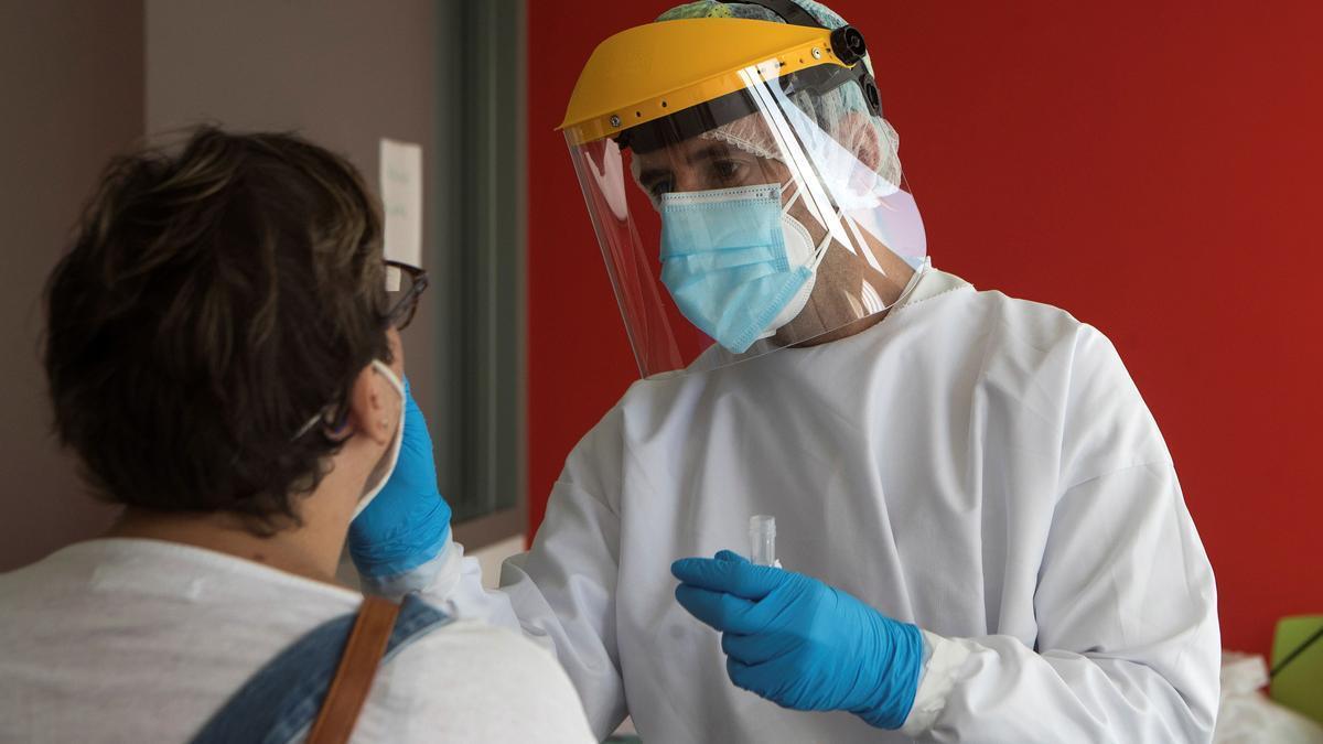 La PCR ofrece datos muy básicos sobre la infección.
