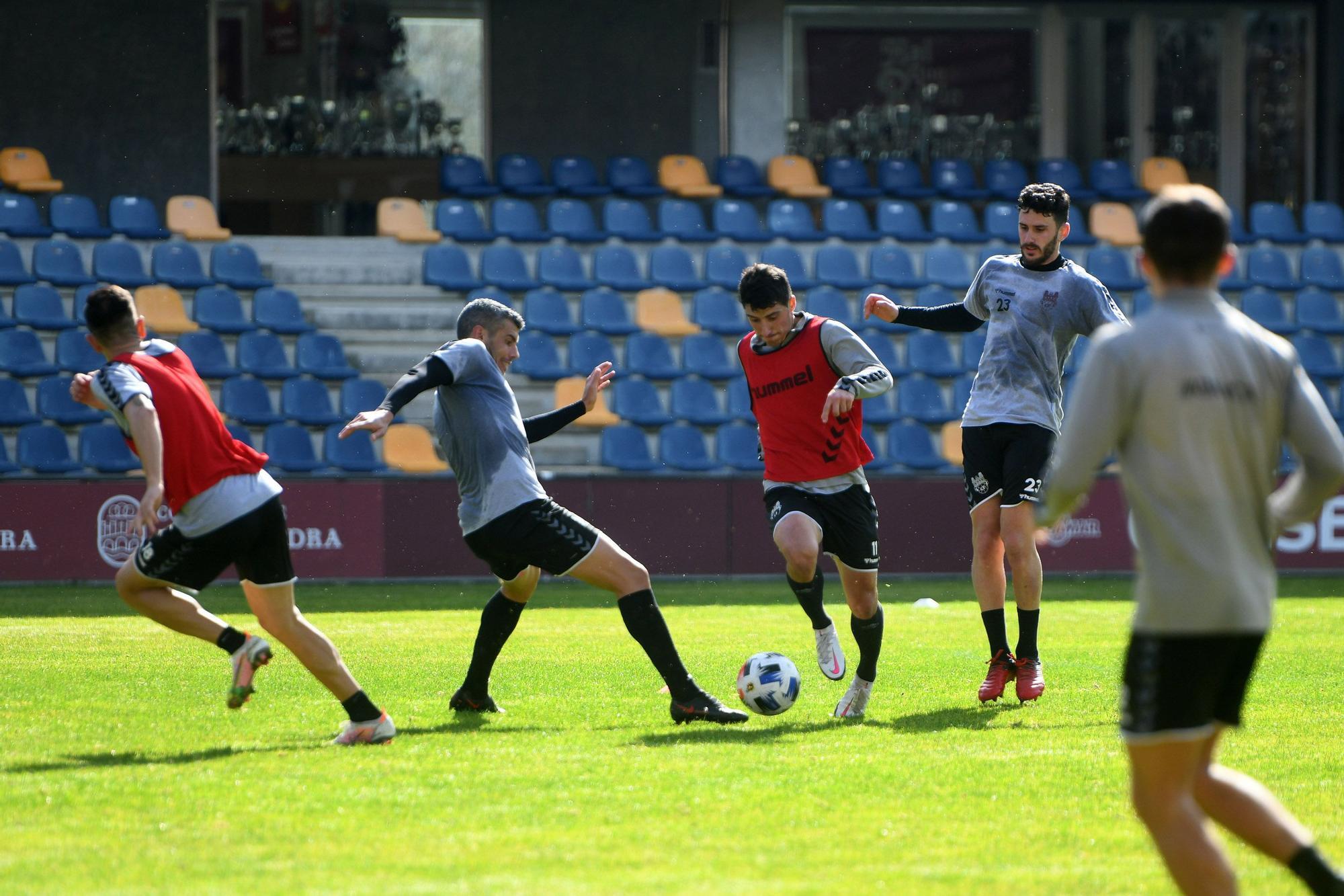El Pontevedra CF se lo juega todo ante el Deportivo