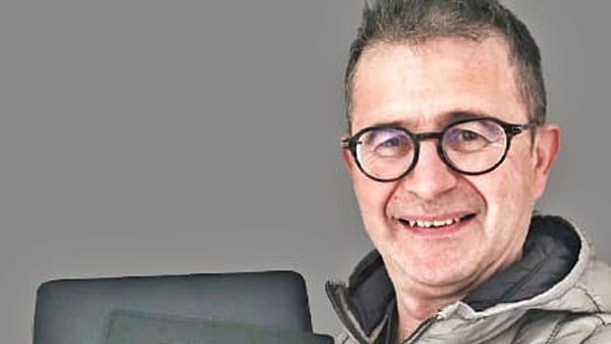 Lluís Bonet: «Me obligan a estar de baja cuando podría dar todas mis clases online»