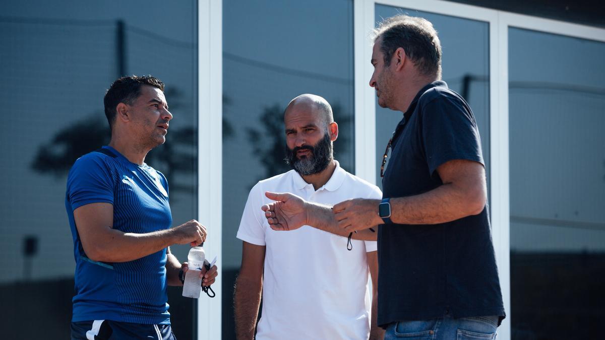 Pere Guardiola i Ferran Soriano enraonen amb Míchel Sánchez