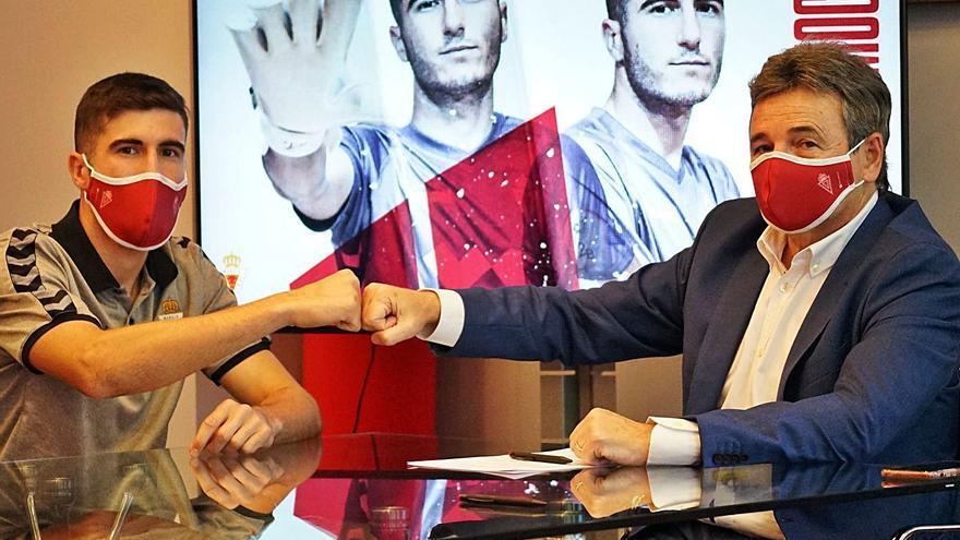 El Real Murcia completa la portería con la renovación de Antonio Gallego