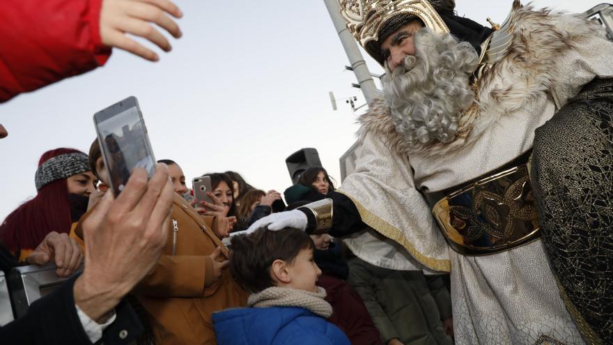 La gala de los Reyes Magos avilesina se verá en la pantalla grande de la Casa de Cultura