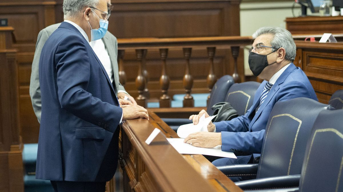 """Curbelo demanda un plan de ayudas específico del Estado para combatir la """"sangría laboral"""" que sufre Canarias"""
