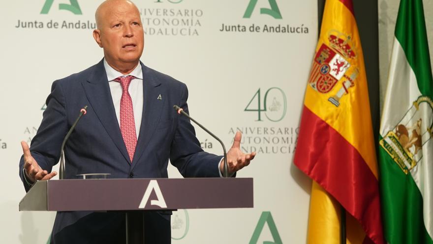 """Andalucía inicia el curso con 7.000 profesionales más y la apuesta por la """"mejora"""" de la convivencia"""