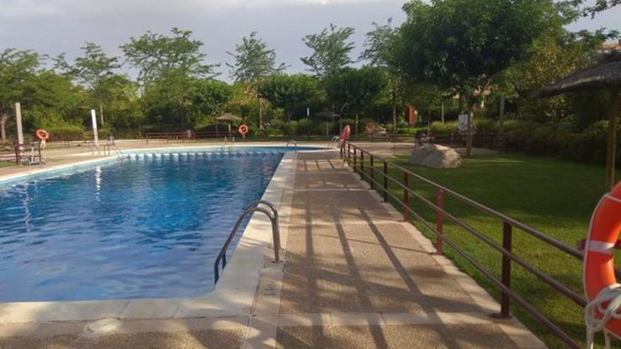 Casas con piscina, jardines y terrazas en Zaragoza