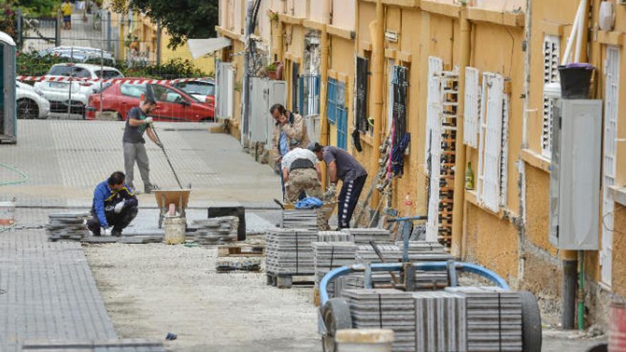 Canarias es la segunda comunidad autónoma con el salario medio más bajo, con 1.679 euros