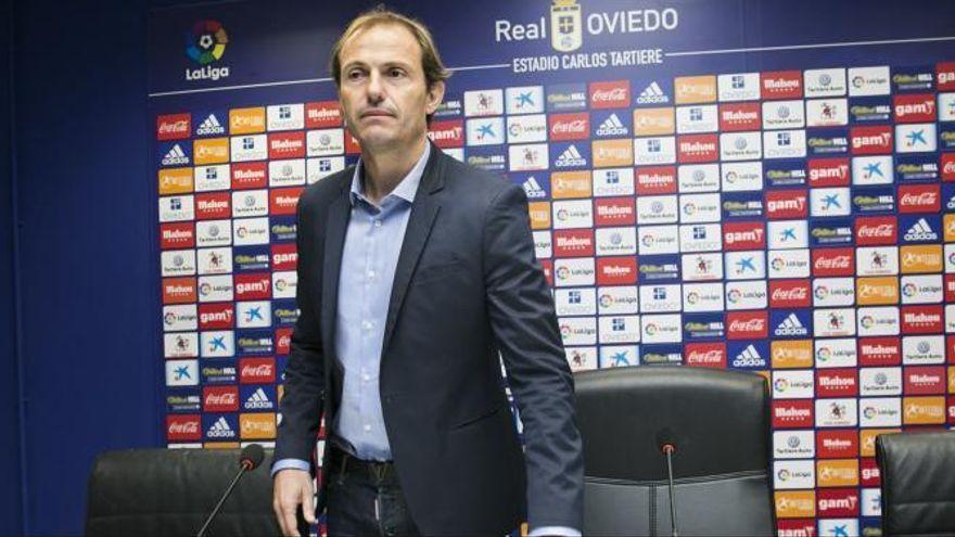 Arnau, el director esportiu que va rescatar l'Oviedo