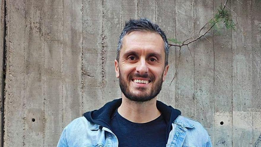 Jordi Costa munta trobades per cantar en entorns naturals com Queralt i Fonollet
