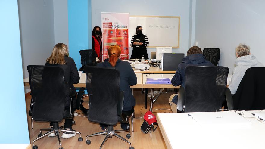 Nuevo curso de Cruz Roja Zamora sobre competencias digitales