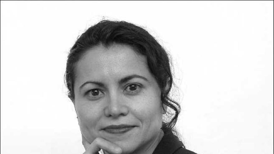 Tina Escaja, escritora zamorana