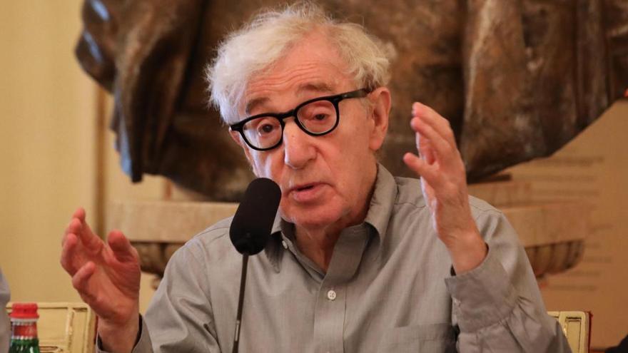 """Woody Allen: """"Estoy deseando que la vida vuelva a lo que era"""""""