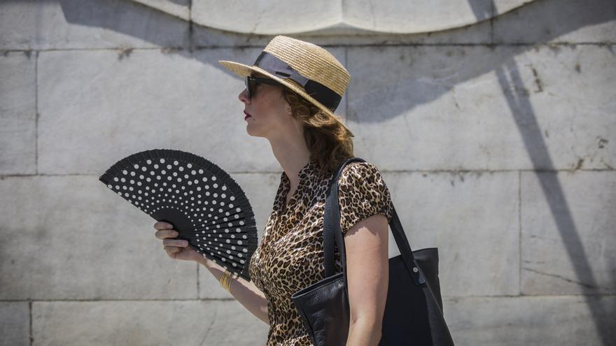 Aviso amarillo este lunes en Málaga por temperaturas de hasta 37º