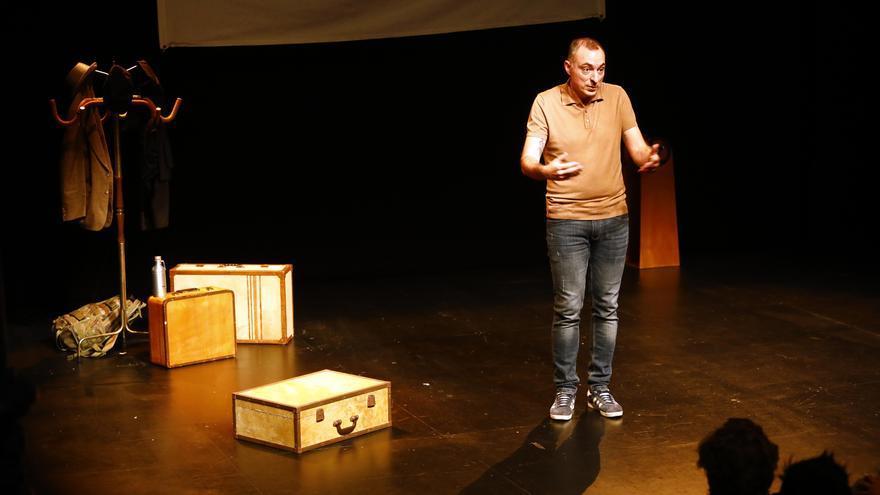 Rafa Blanca estrena 'Malabrocca' en el Teatro del Mercado