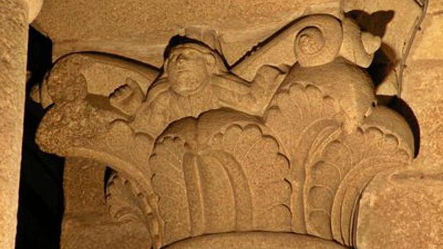 Una investigadora británica halla un 'selfi de piedra' medieval en la catedral de Santiago