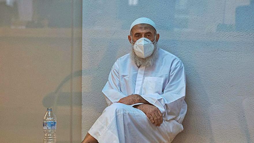 Funcionarios de prisiones y un guardia dicen que el imán de Teulada desradicaliza presos