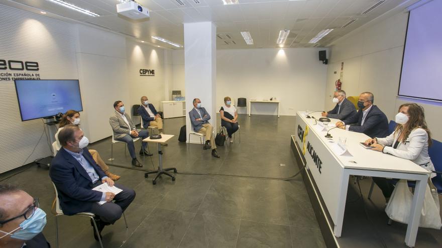 El Gobierno se da hasta 2023 para conectar Alicante con el Corredor Mediterráneo