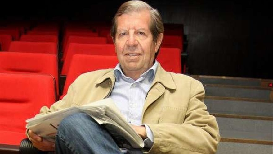 La unión del poeta Miguel Hernández y los toros, desde el prisma de Balcells