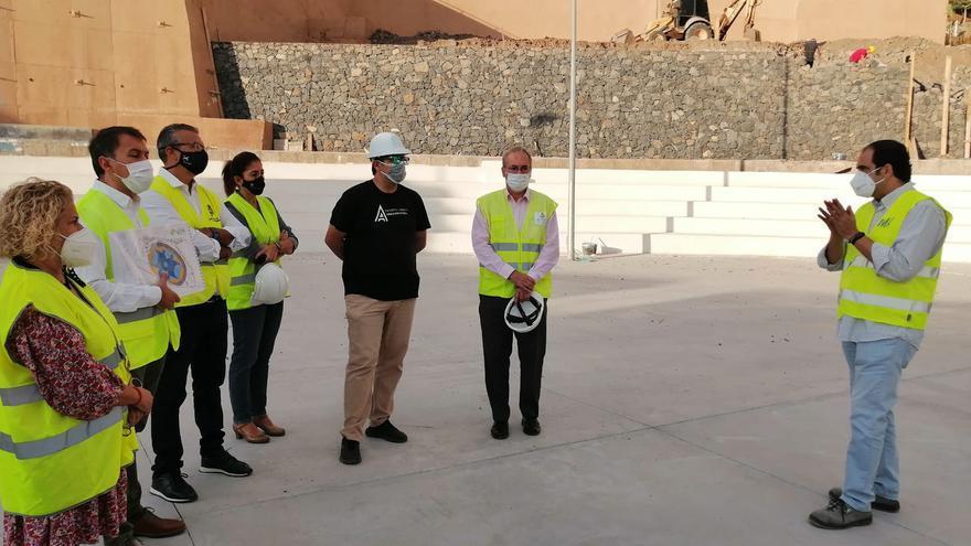 La finalización de las obras del polideportivo de San Andrés se retrasa a Navidad
