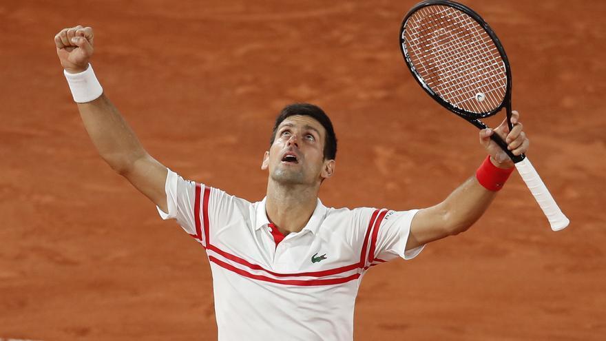 Djokovic medita preparar Wimbledon en Mallorca