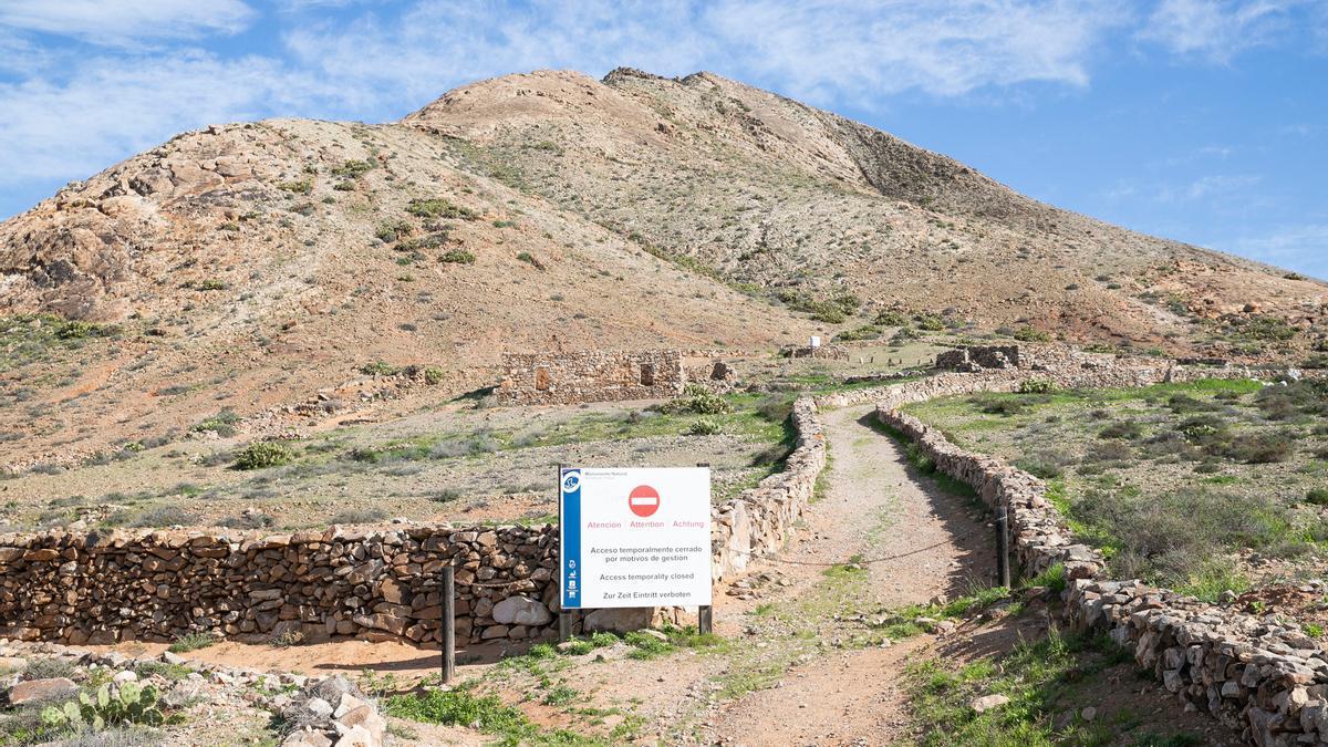 Imagen de la montaña sagrada de Tindaya, en el municipio de La Oliva.