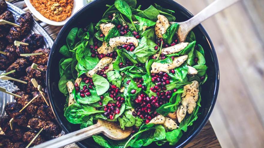 Los siete trucos infalibles que los nutricionistas introducen en la comida de quien quiere perder peso sin hambre