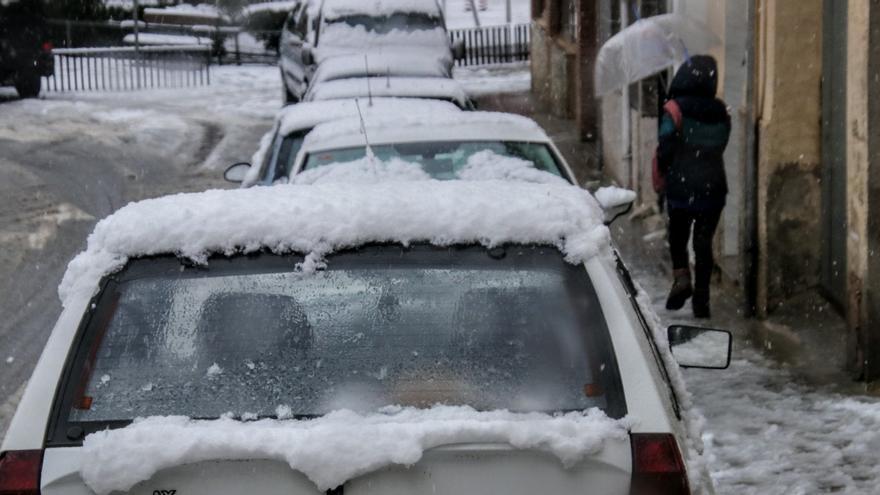 Banyeres suspende las clases de la tarde por la nieve